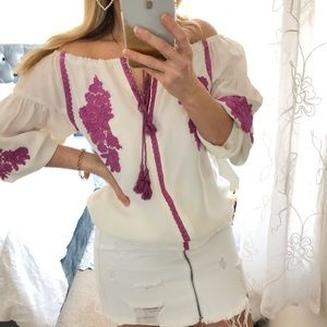 Line & Dot Ivory Purple Embroidered Peasant Top XS